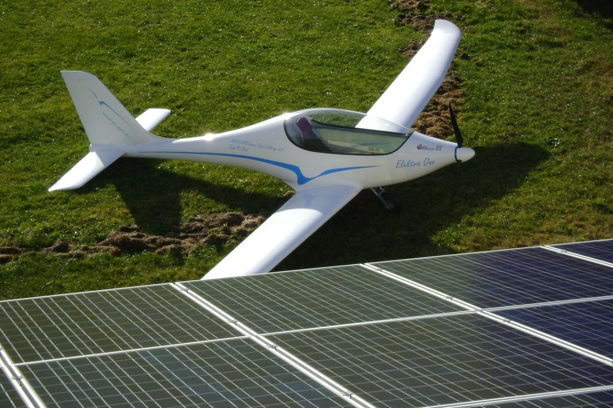 Elektra One and its solar SunAirport hangar will be sold together for less than EUR100,000