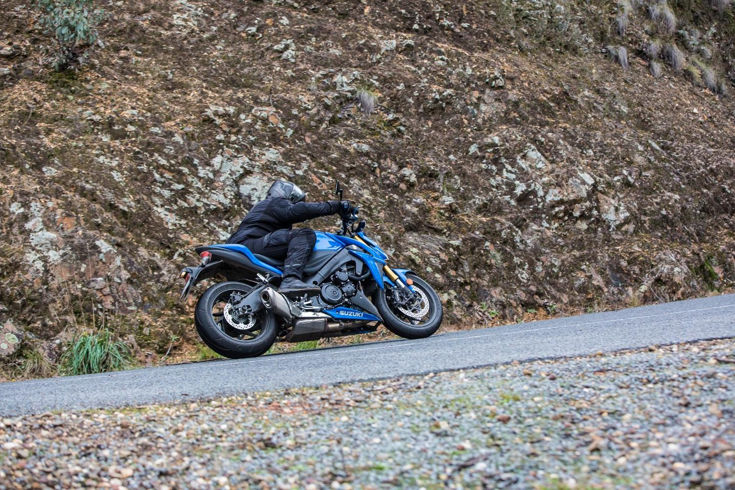 Suzuki S Brilliant Gsx S1000 Is The Supersport Of The Naked