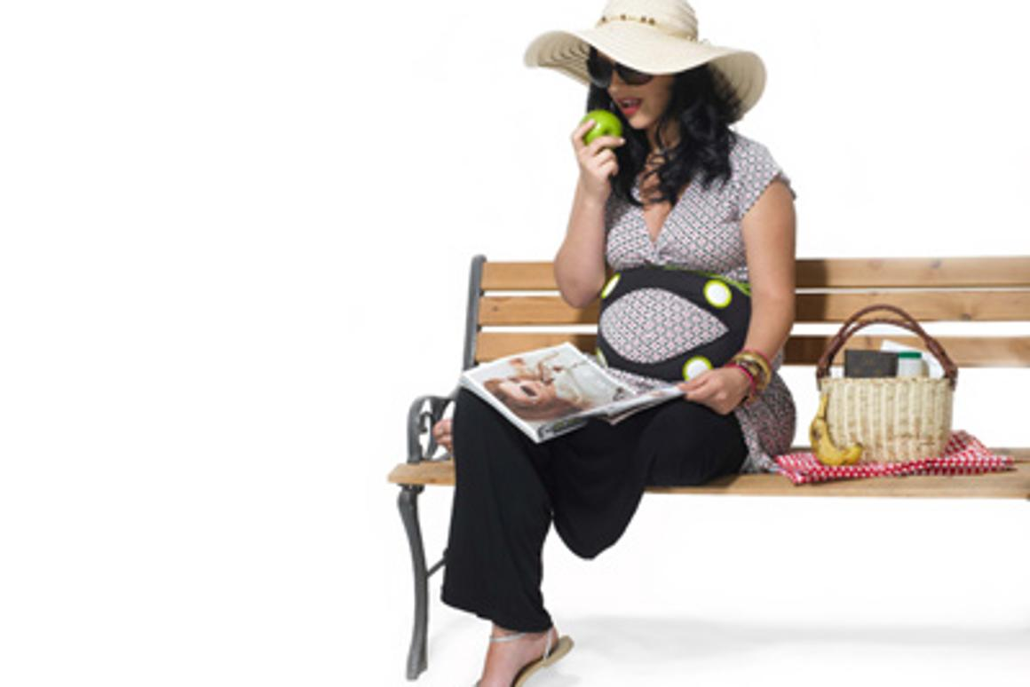 With the Ritmo pregnancy belt, you and your baby can listen to music at the same time