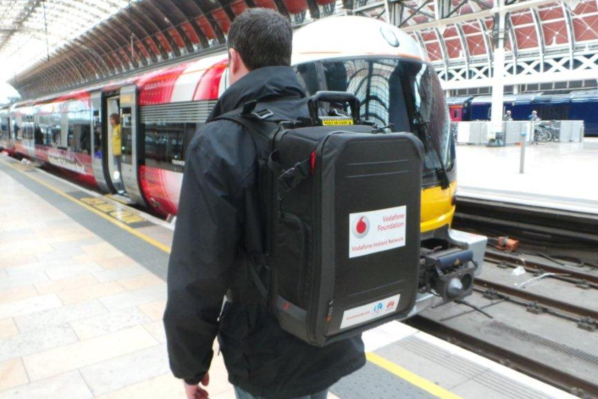 The Vodafone Foundation has unveiled a portable mobile network contained in an 11 kg (24.3 lb) backpack
