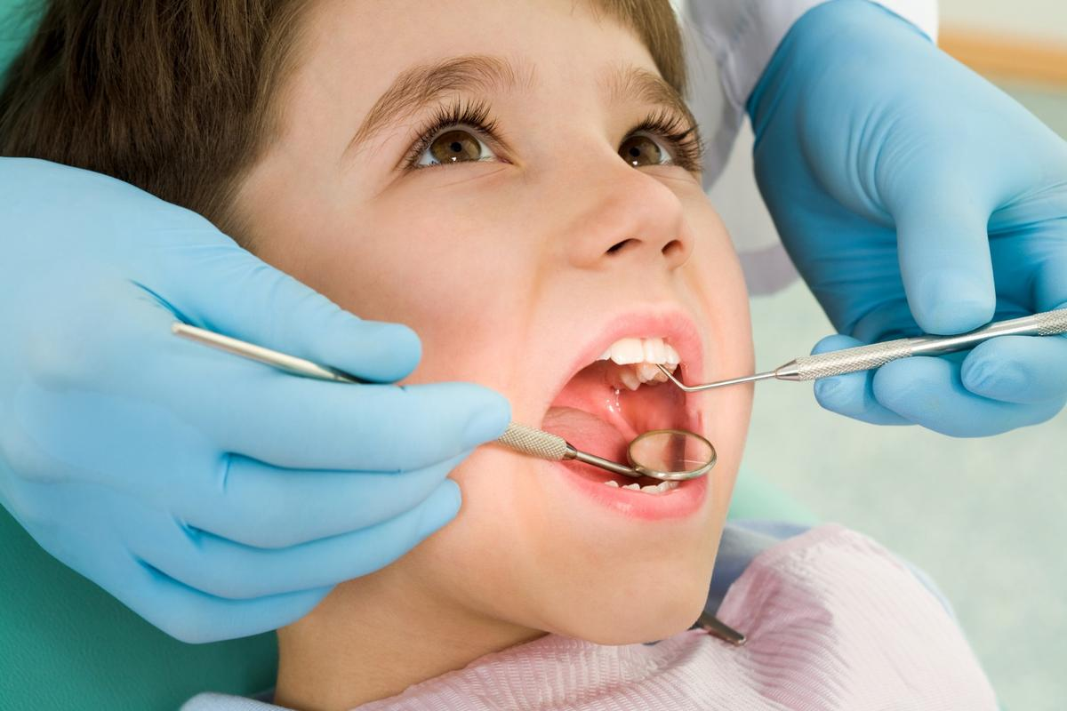 A new clinical trial has shown that stem cells taken from baby teeth can be used to repair injured permanent teeth