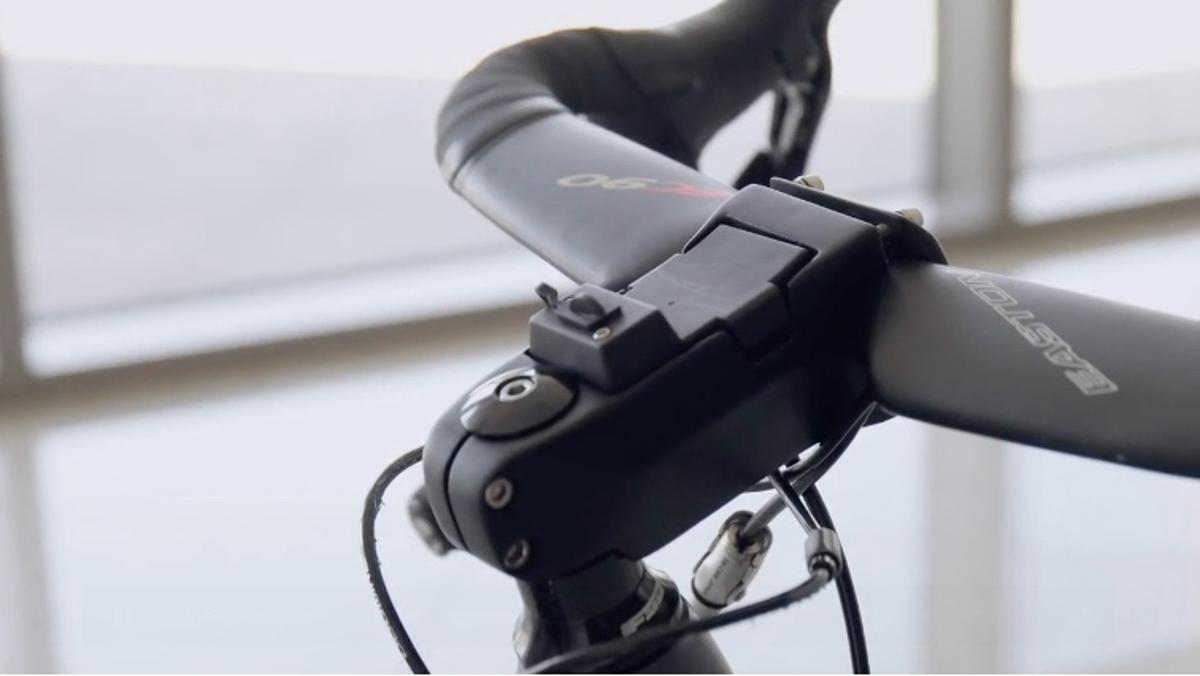 The Battery Stem incorporates a 10,000-mAh battery pack