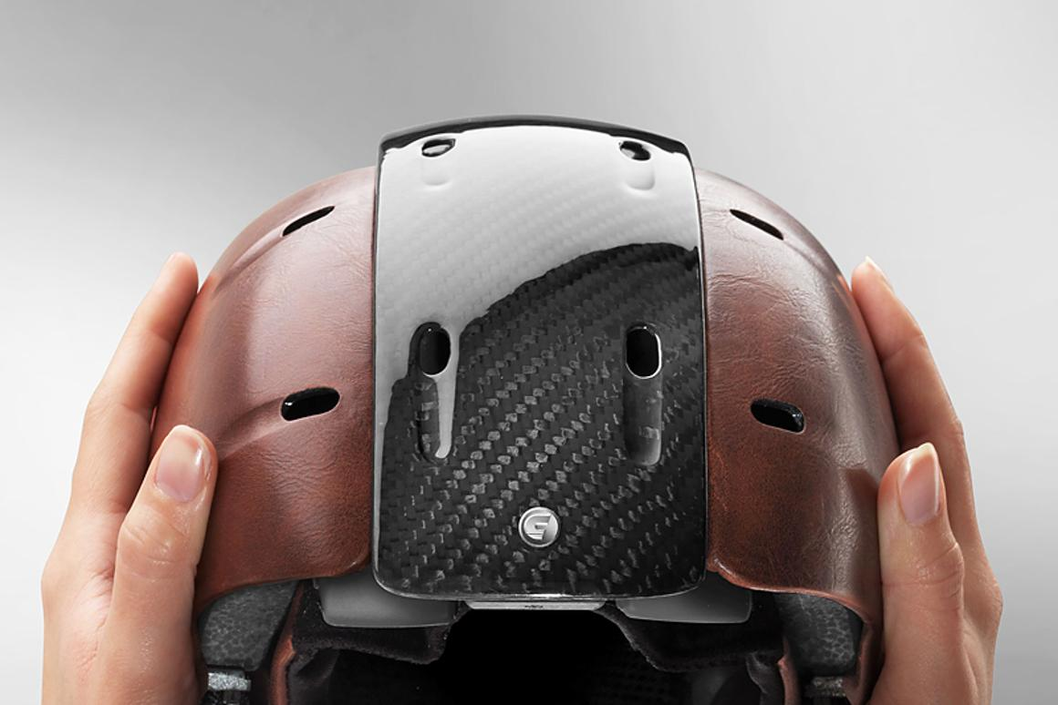 The sides of the Snow Foldable Helmet pull out to match the width of the user's head