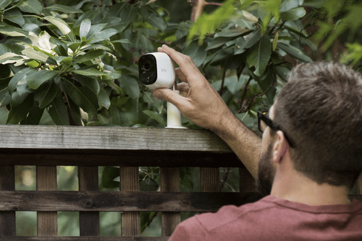 The Arlo Pro uses a 130-degree viewing angle and passive infrared motion sensor to detect movement up to 23 feet away