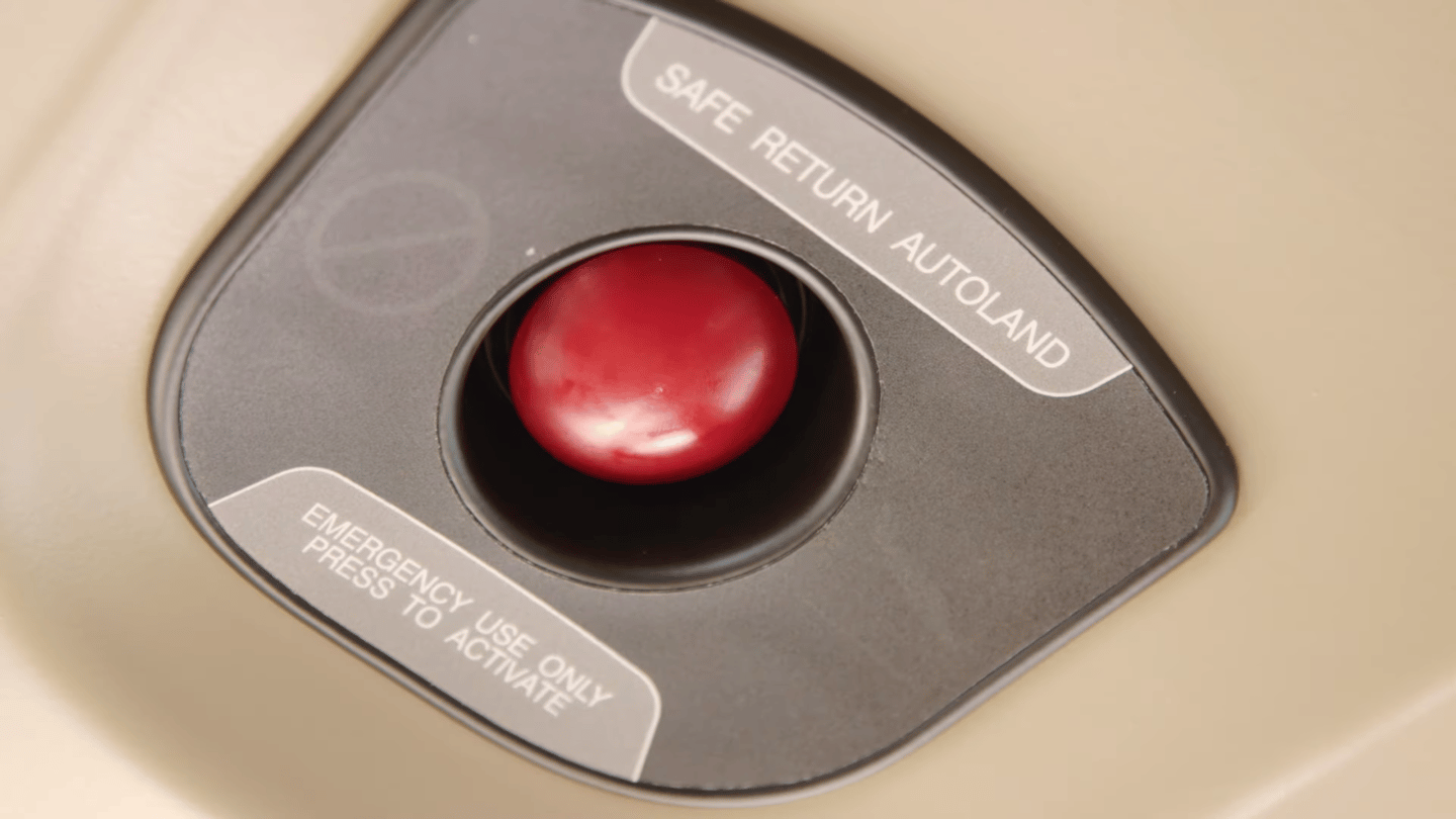 The one-touch Safe Return button is accessible to passengers