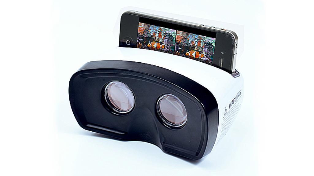 The Sansa 3D viewer displays 3D YouTube content using an iPhone
