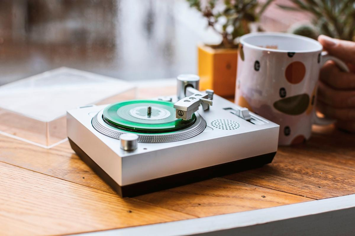 The RSD3 mini turntable has a built in speaker to listen to your collection of 3 inch vinyl records