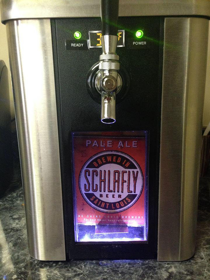 The SYNEK dispenser includes a window for displaying the beer on tap