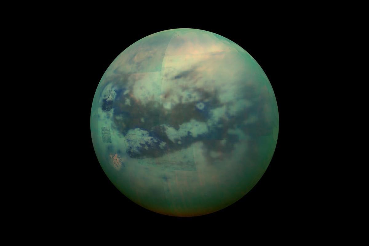 Acomposite image of Titan