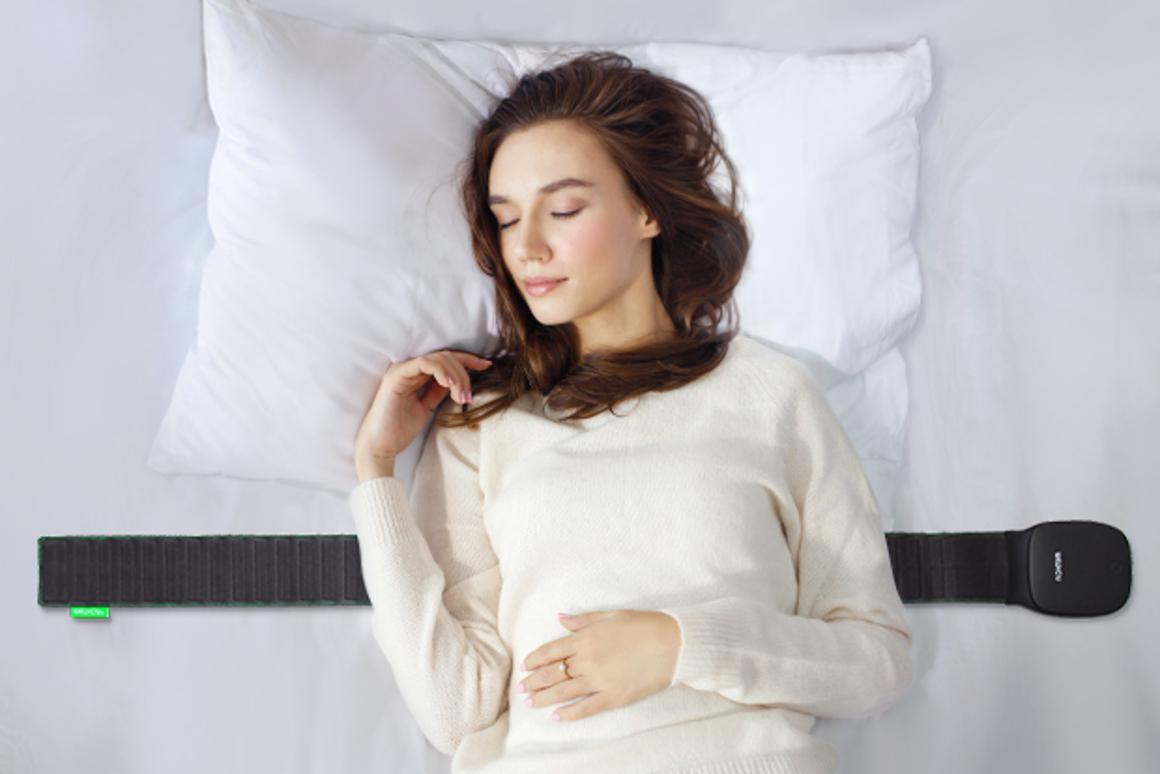 Sleepace RestOn Monitor analyzes your sleep quality