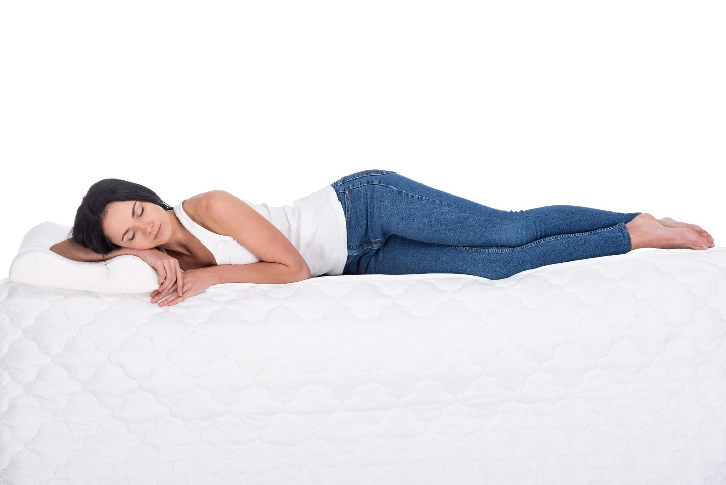 Sleeping on one's side could help clear waste and other harmful chemical solutes from the brain