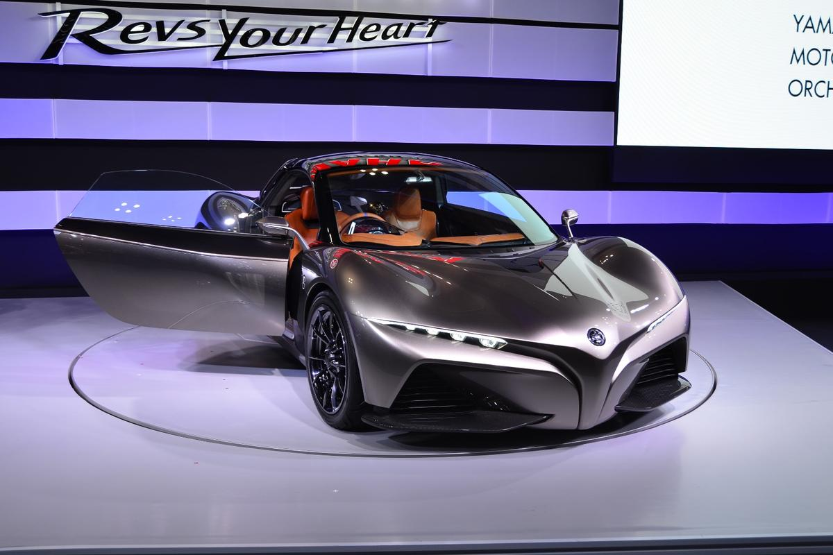 Yamaha's Sports Ride Concept attempts to convey the feeling of riding a motorcycle to a lightweight two-seater sport car