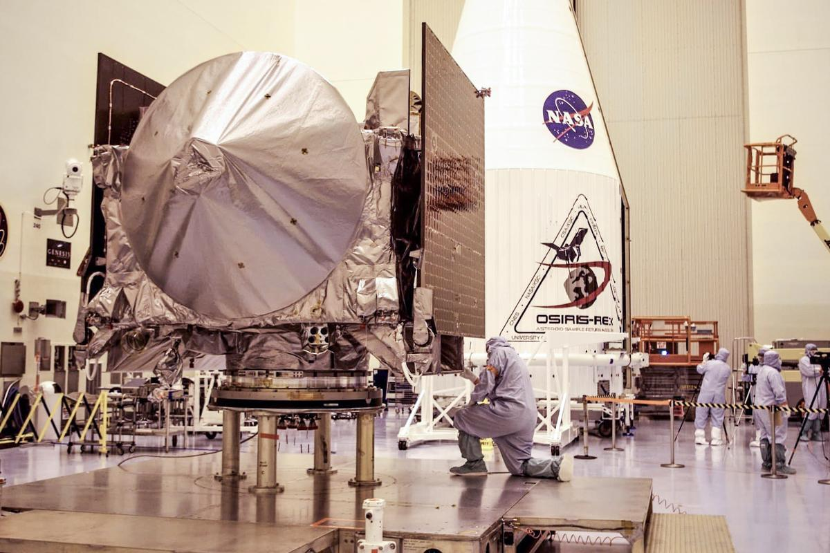 The sample return capsule will bring between 60-2000 g(2-70 oz) of Bennu's regolith back to Earth