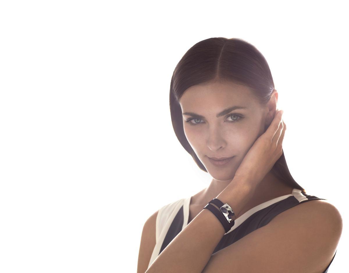 Netatmo's JUNE bracelet monitors sun exposure with data displayed on a companion smartphone app