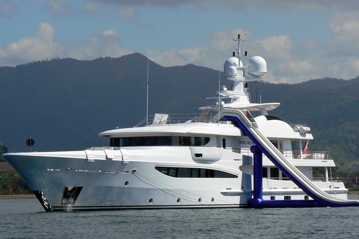 The Freestyle Cruiser is a giant, inflatable water slide aimed at the superyacht market