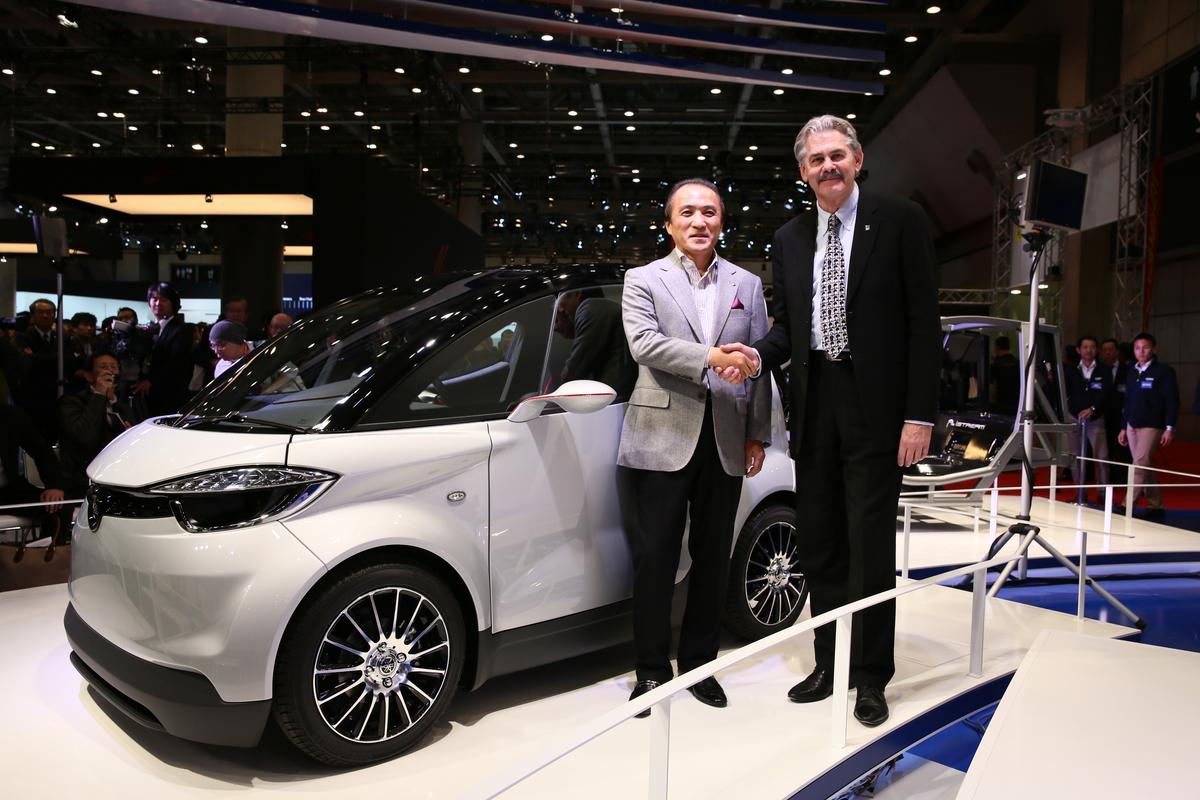The respective presidents of Yamaha Motor and Gordon Murray Design at the launch of the MOTIV.e. That's Hiroyuki Yanagi on the left and Gordon Murray at right.