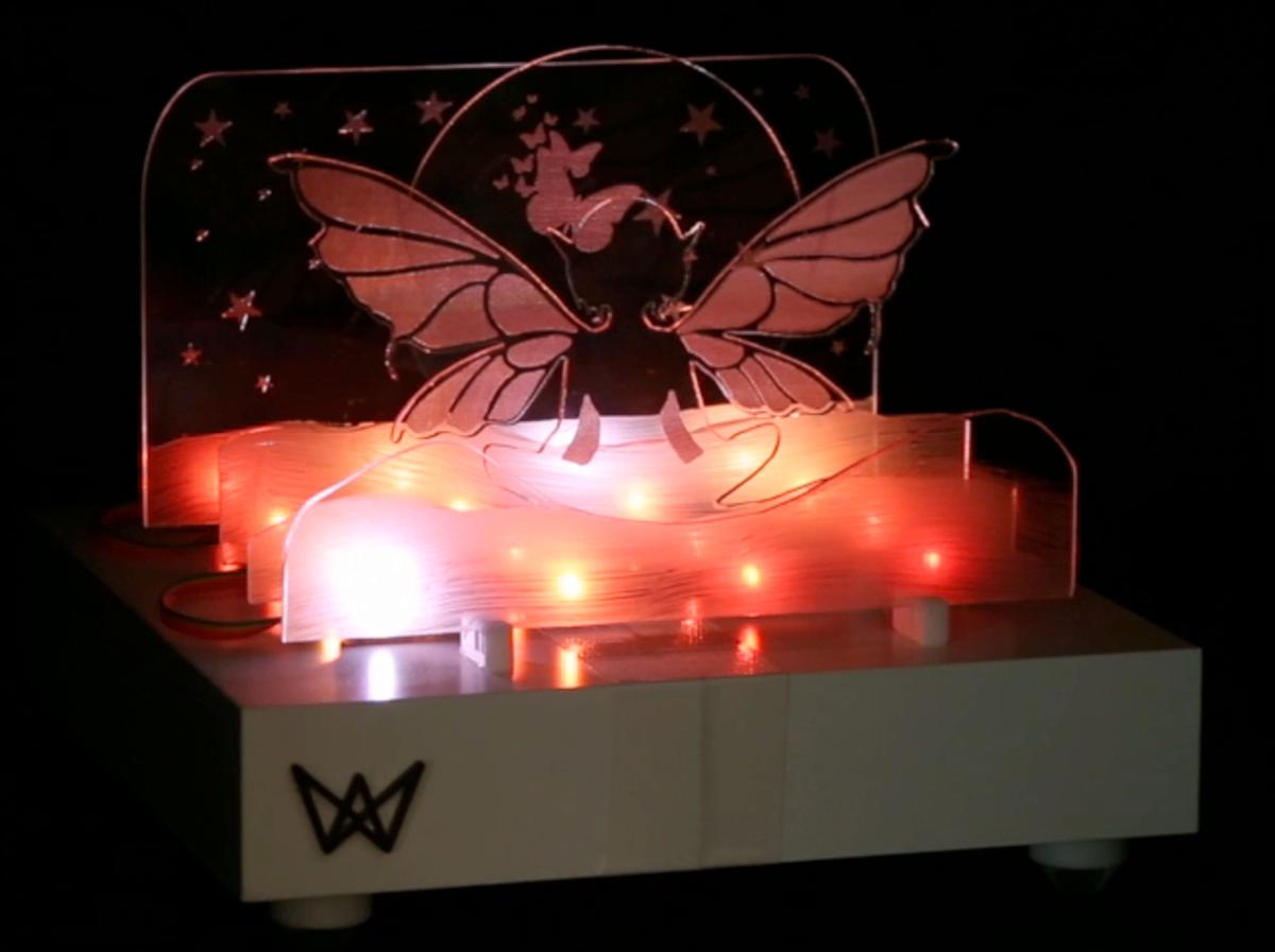Frank Cohen's Waves Bluetooth speaker and custom light show