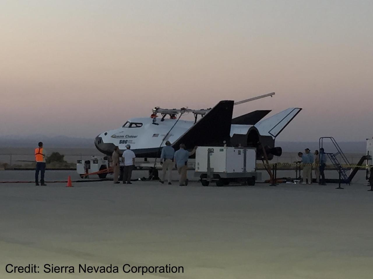 The Dream Chaser is capable of manned and unmanned missions