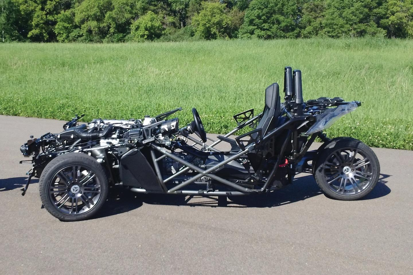 The guts of the Slingshot