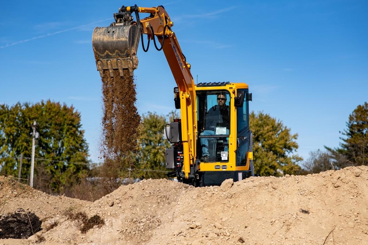 The electric mini excavator can operate for 8 hours per charge of its 35.2 kWh battery pack