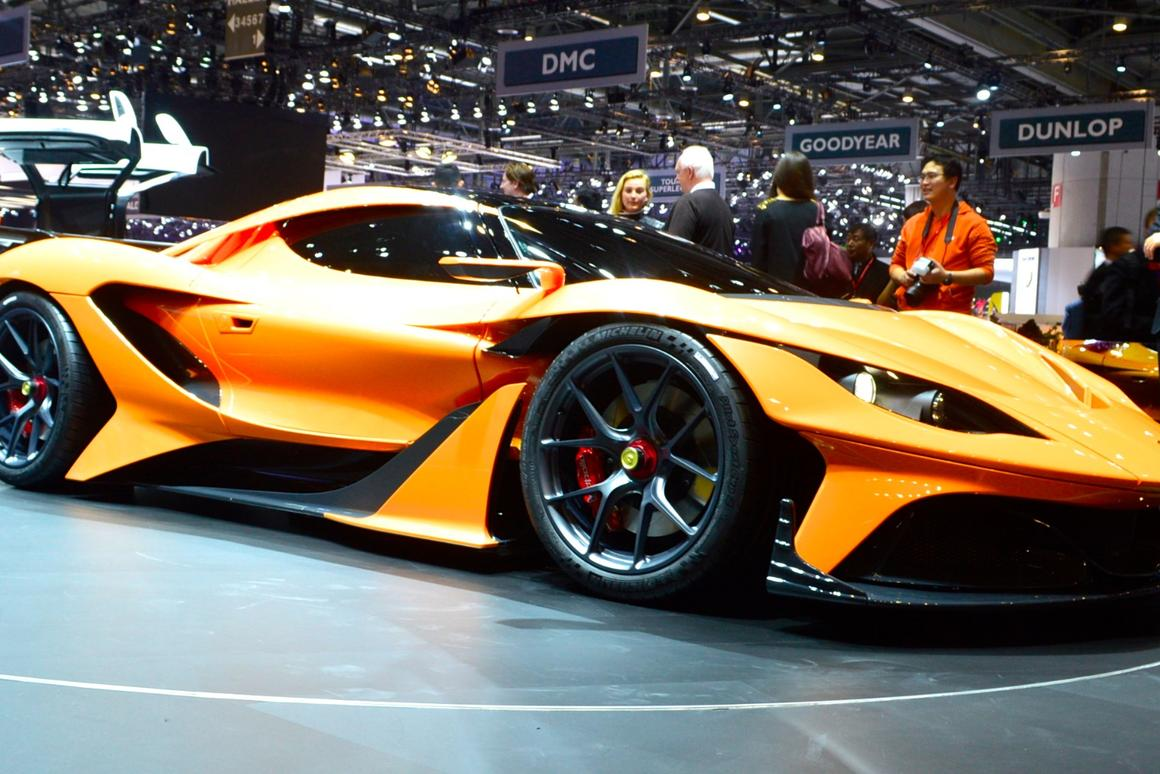 With nearly 1,000 hp on tap, the Arrow is capable of launching to 62 mph (100 km/h) in less than 2.9 seconds