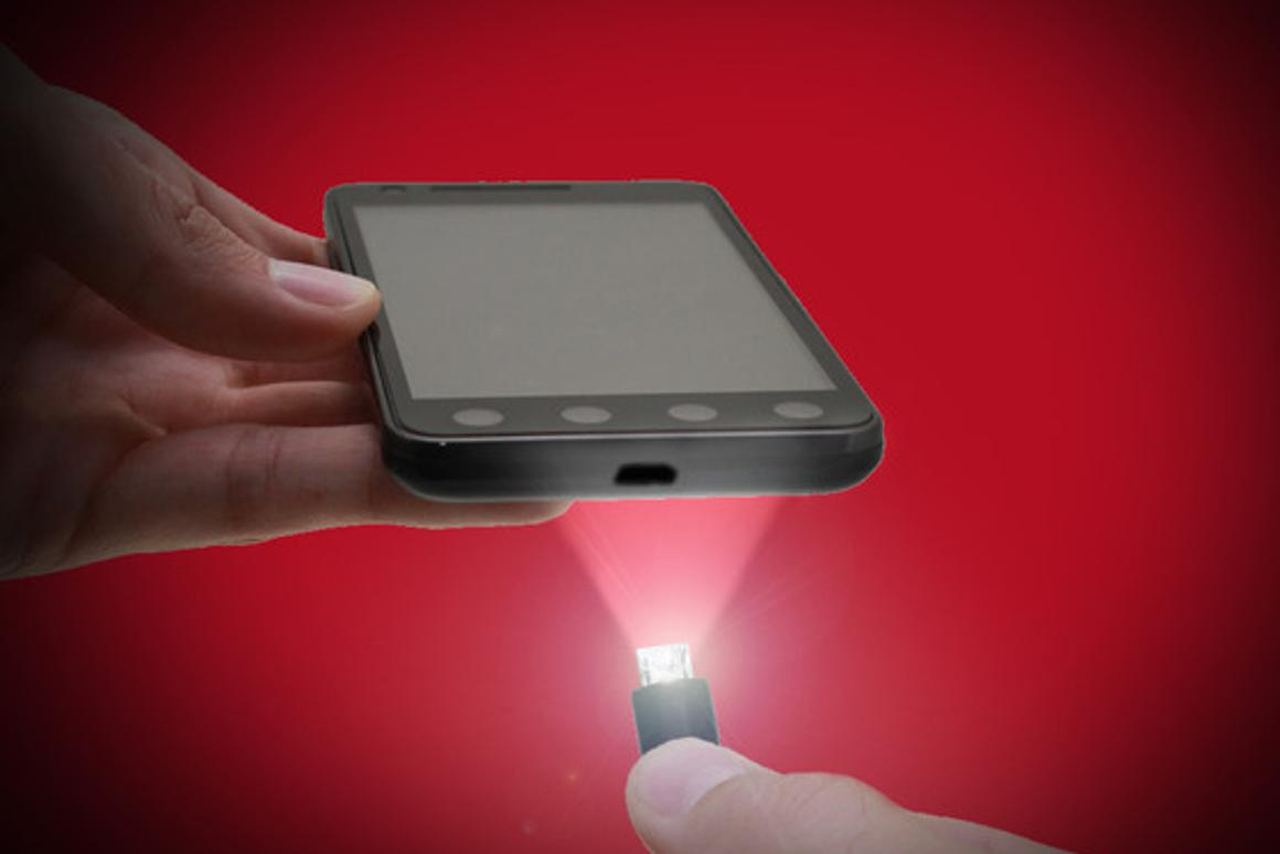 The USB Micro Light charging cable features an integrated LED light to help users find their smartphone's micro-USB port in the dark