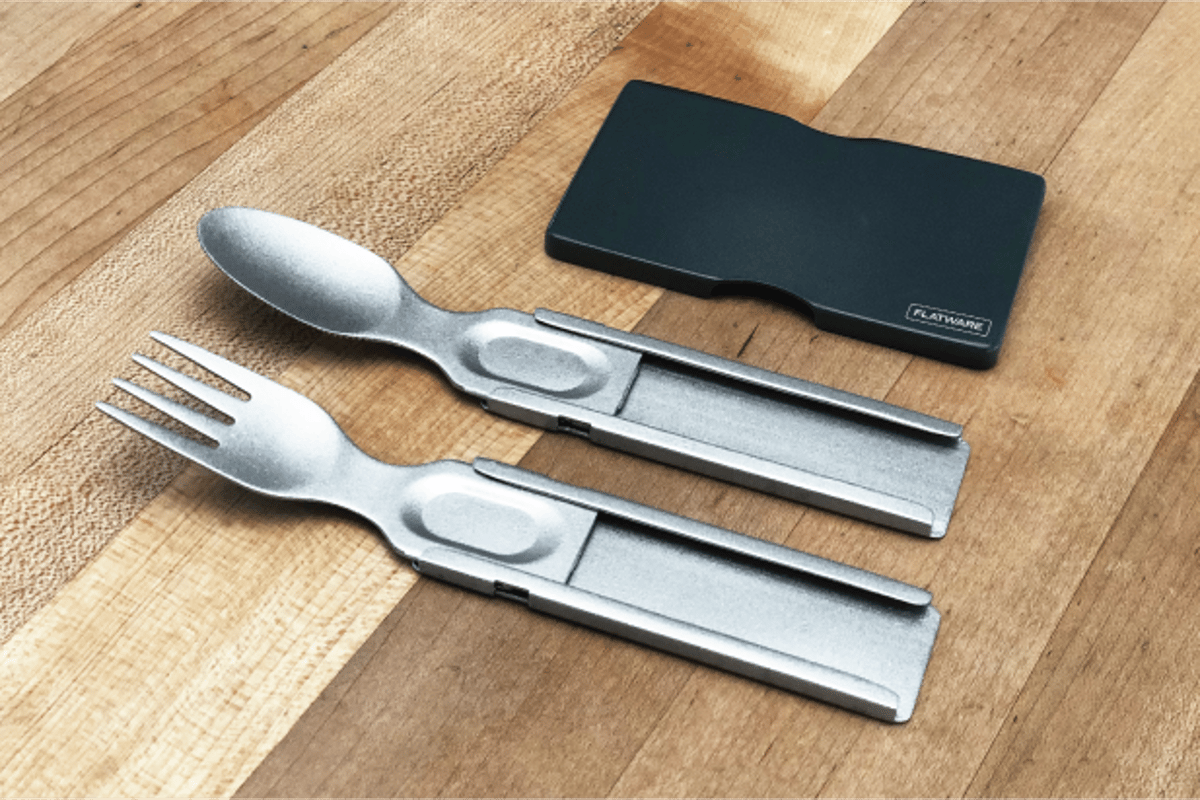The curved heads and long length of other portable utensils are usually what makes them less than convenient to carry, but Flatware's heads flatten down when they slide into the handles, making for the card-like carry profile