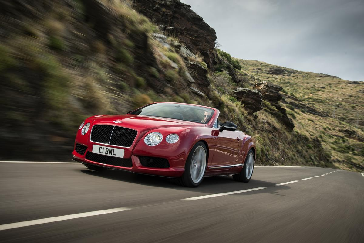 Acceleration for the convertible is 0 to 60 mph in 4.5 seconds