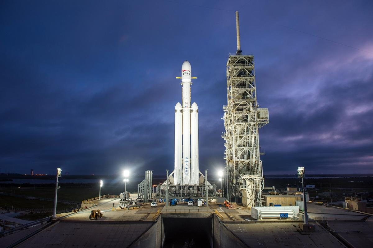 The Falcon Heavy sits on the pad ahead of launch