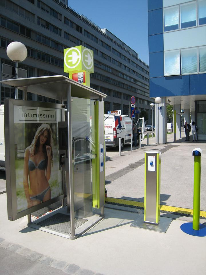 The company plans to have 30 phone booth electric vehicle charging stations operational by the end of 2010