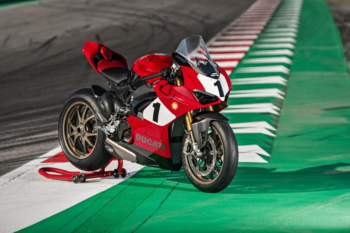 The 25th Anniversario 916 tribute – we'd have one