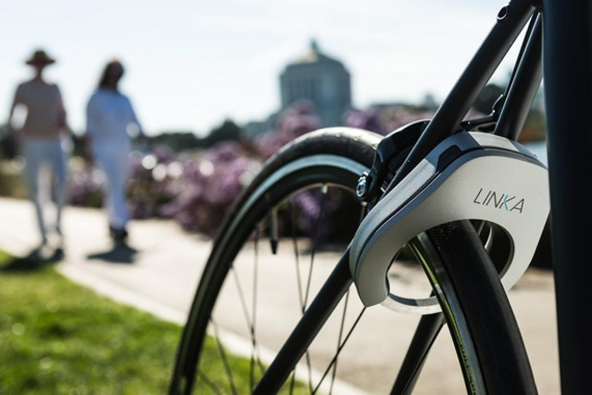 Linka automatically unlocks as users get near their bike