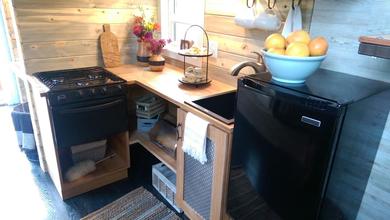 The kitchen in the Tiny Ski Lodge