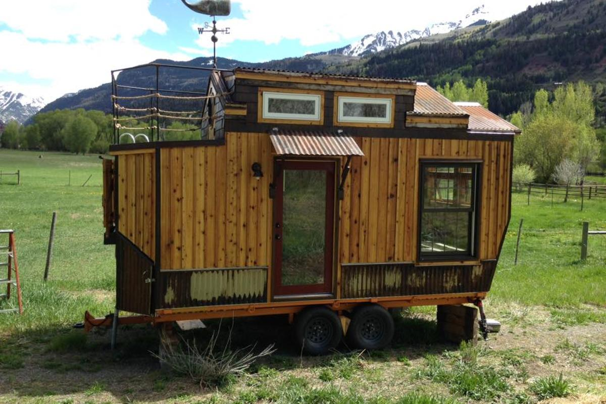 The tiny house can also be outfitted with solar power and batteries if the owner wishes to go fully off-the-grid