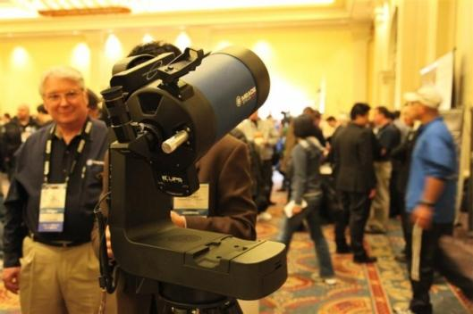 Meade EXT-LS telescope on display at CES 2009