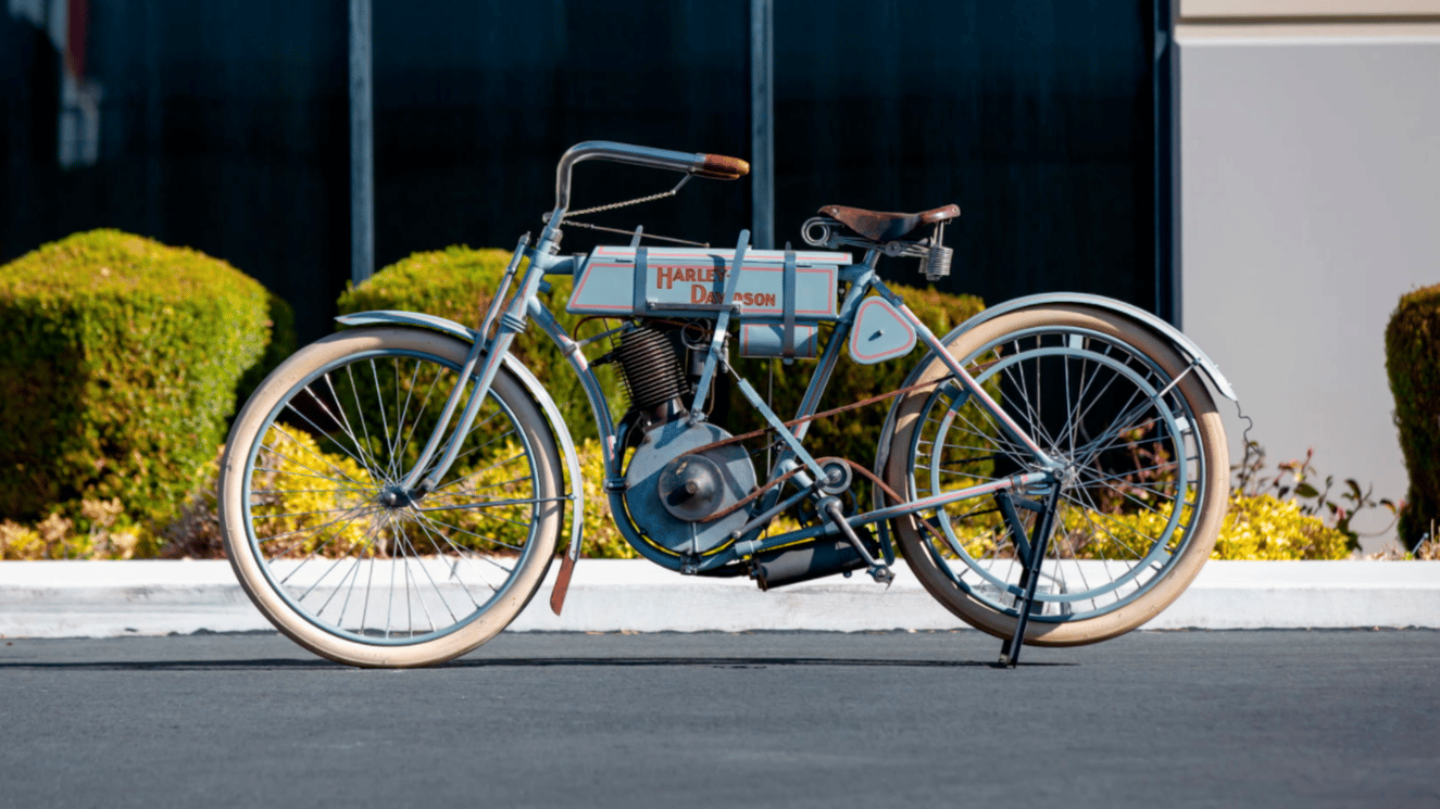 Selling for US$297,000, this 1907 Harley-Davidson Strap Tank single was the top-priced bike at Mecum's 2021 Las Vegas Collectible Motorcycle Auctions