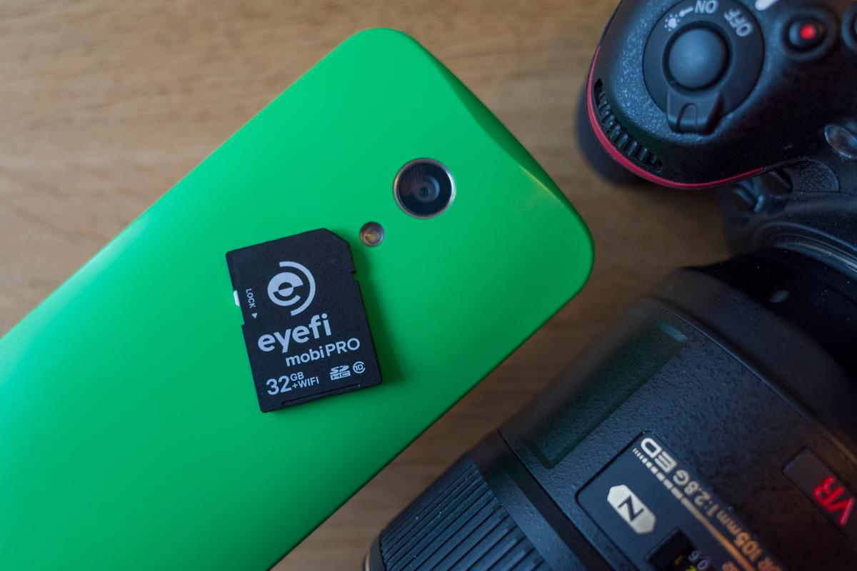 The Eyefi Mobi Pro wireless SD card offers simple but powerful wireless sharing (Photo: Simon Crisp/Gizmag.com)