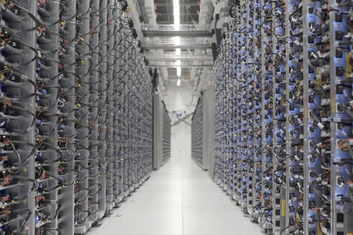Google's DeepMind machine learning system has helped cut the cooling costs of the company's data centers