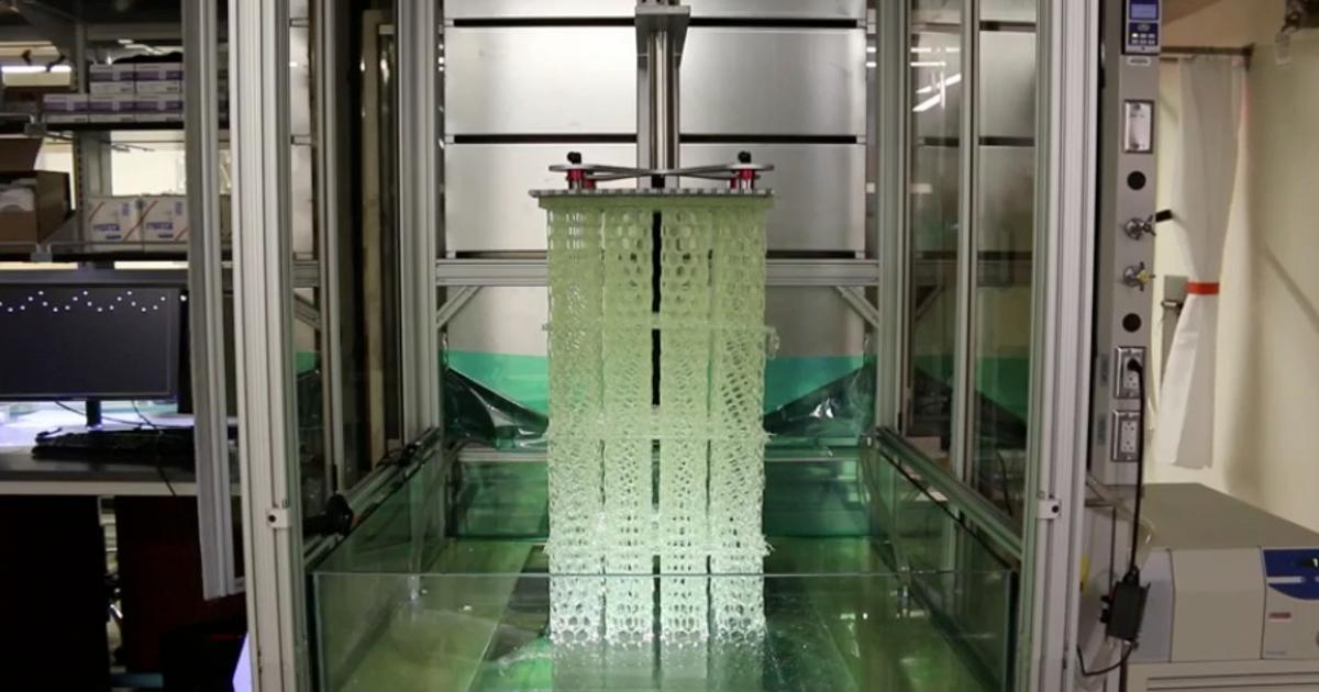 Big, fast 3D printer may be a boon to manufacturers