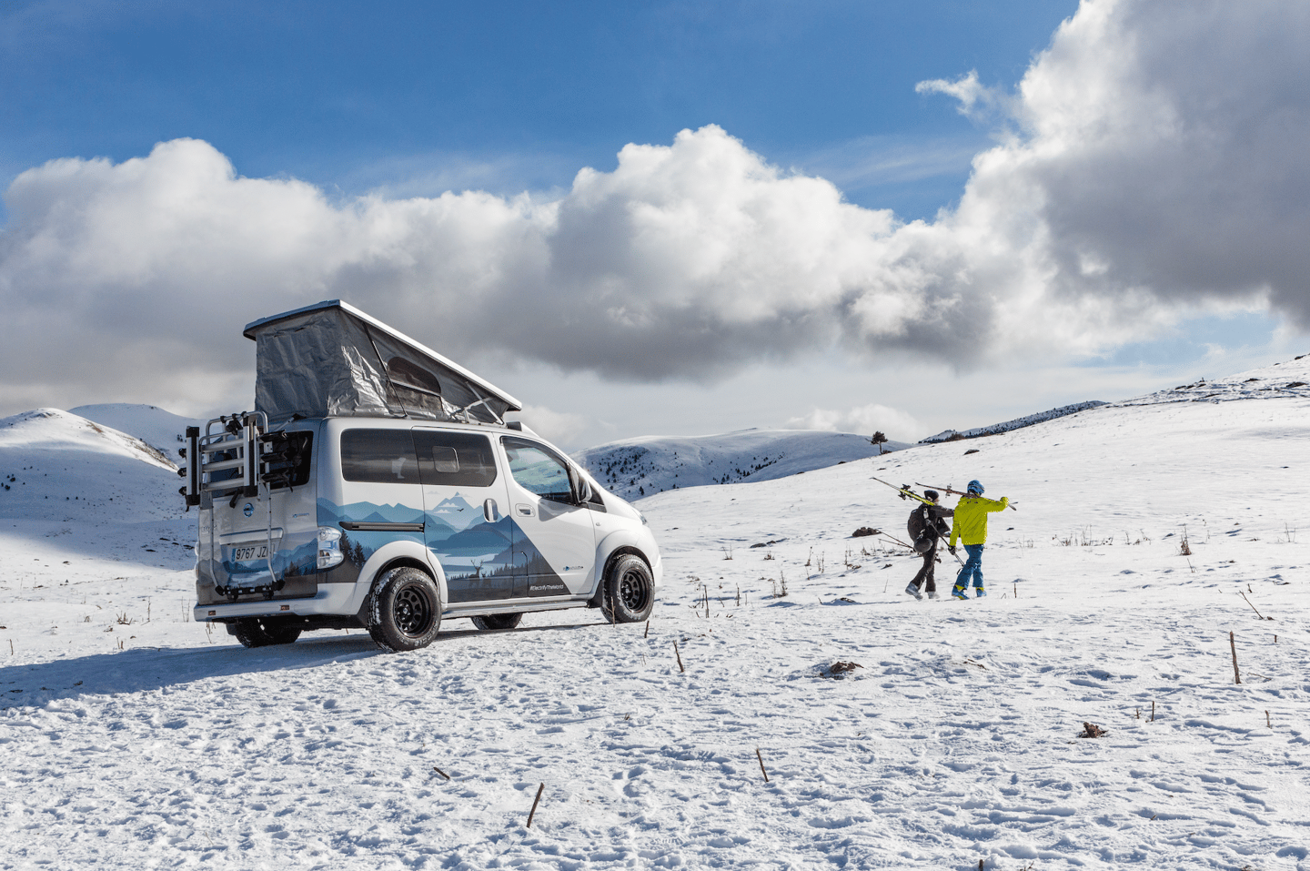 Nissan explores the future of electric four-season camping with the e-NV200 Winter Camper concept
