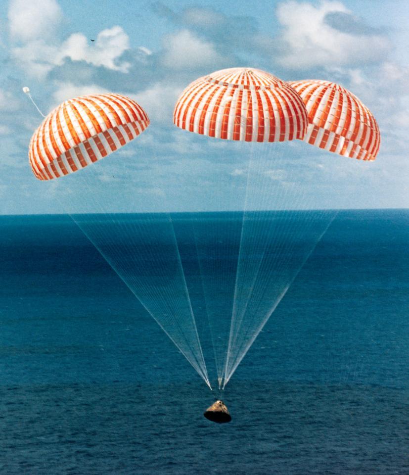 Apollo 14 splashing down