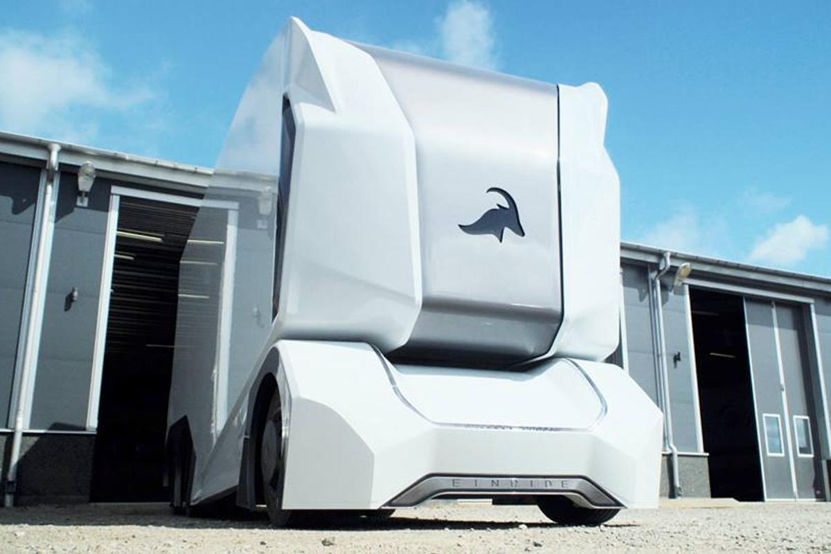 The T-pod should have a range of about 200 km (124 miles) per charge