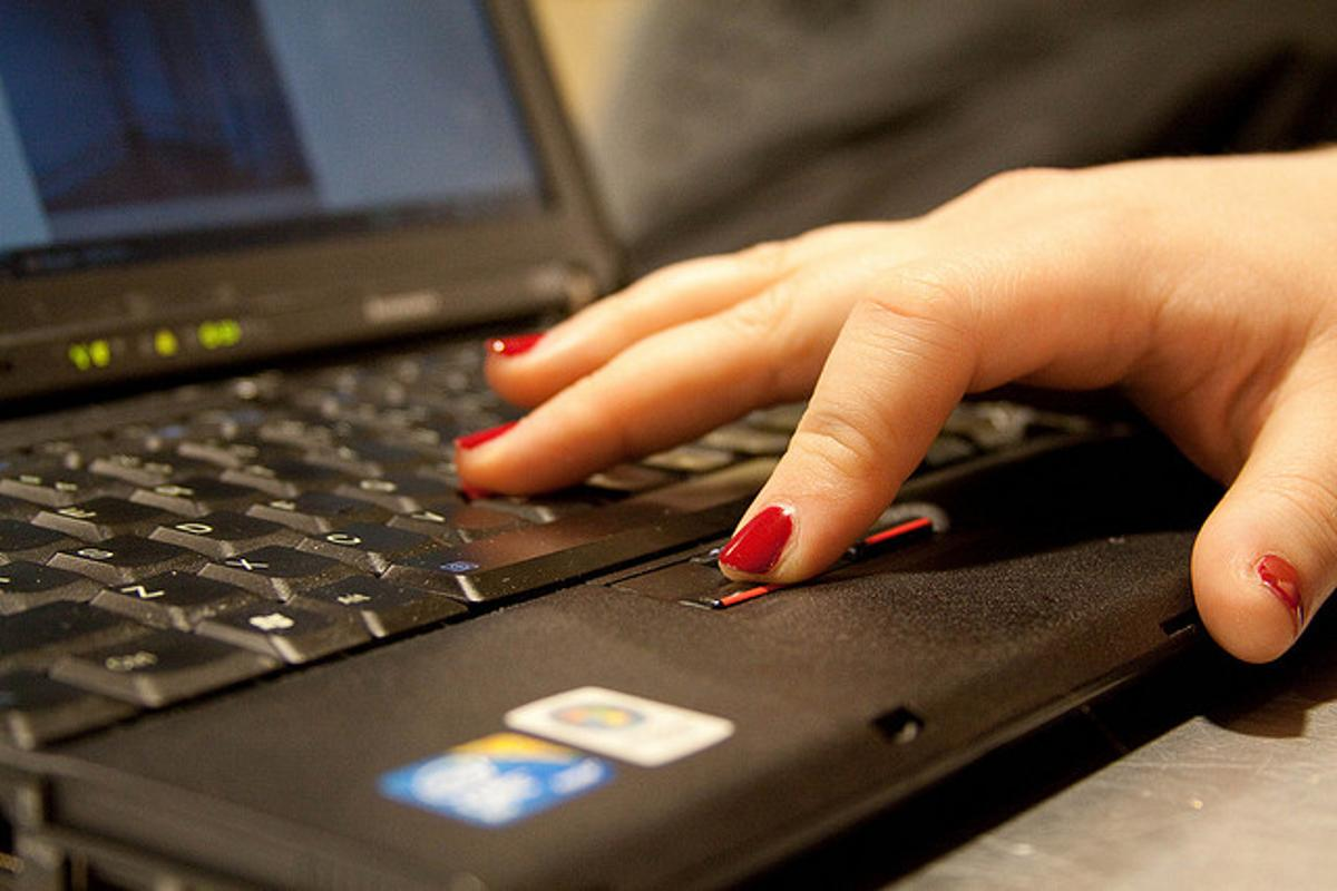 A new discovery by Australian researchers could lead to laptops powered through typing (Photo: Dmitry Barsky, Flickr)