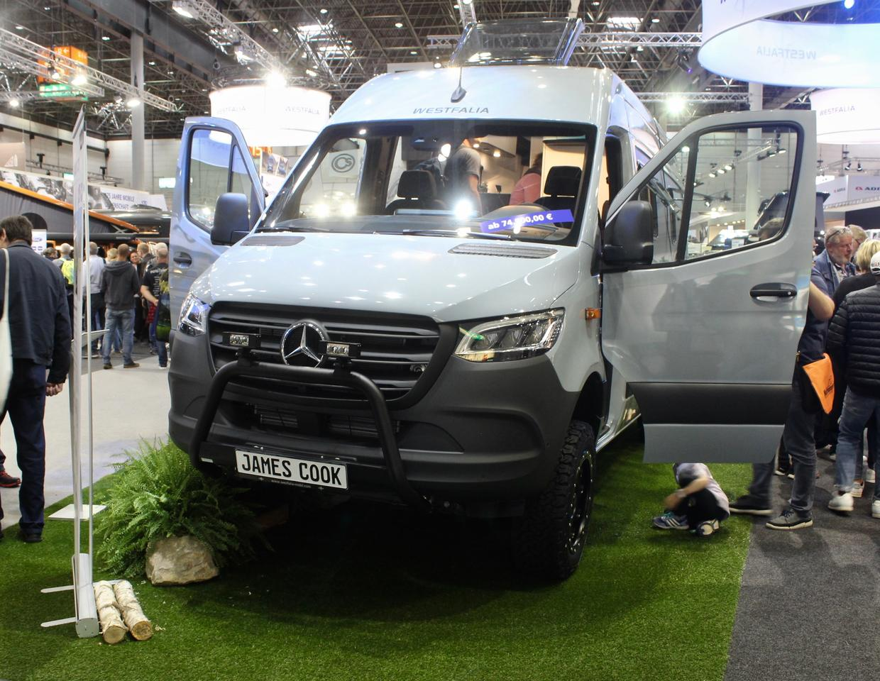 "Westfalia makes sure that the entrylevel James Cook ""Classic"" doesn't look plain, adding the full off-road kit"
