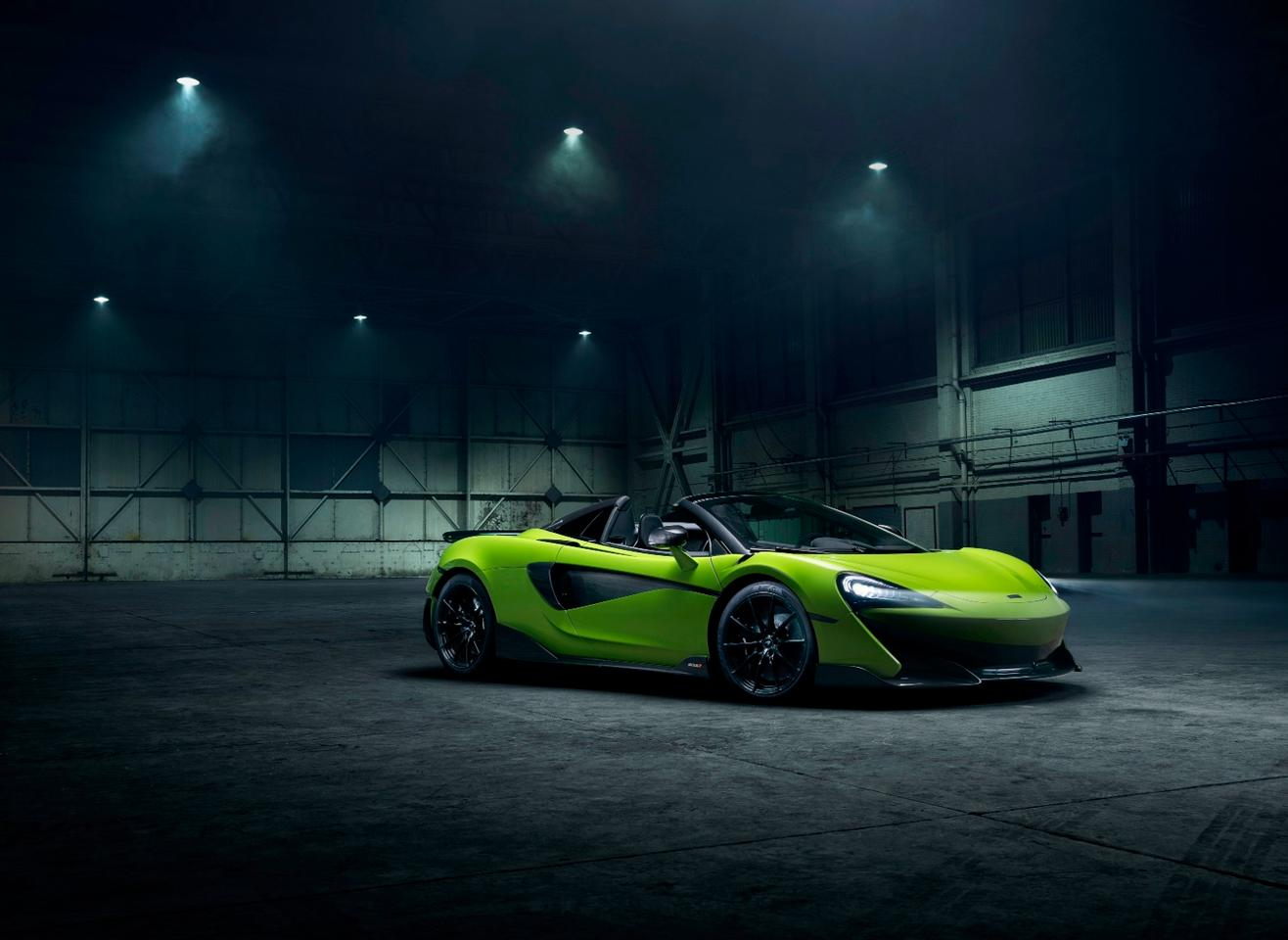 Like the 600LT coupe, the Spider model produces592bhp of power from its 3.8-liter twin-turbocharged V8 engine. Peak torque is at 457 pound-feet