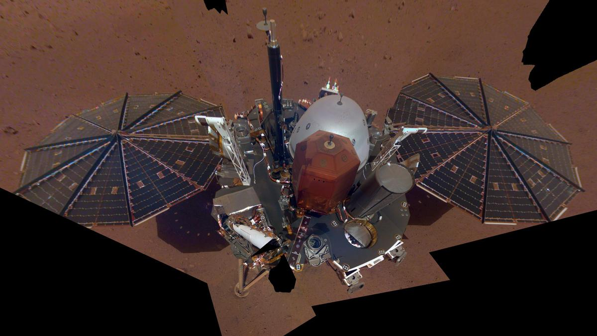 NASA InSight's first full-bodyselfie on Mars shows the lander's top deck, sensor packages, and solar panels
