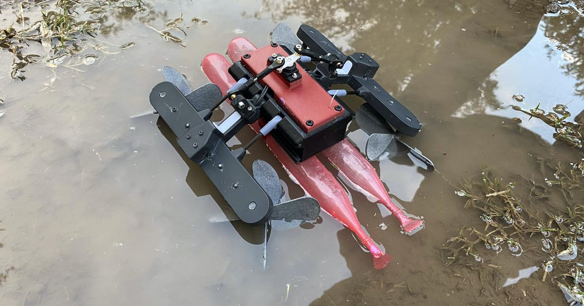 Lizard-inspired amphibious robot runs across the water