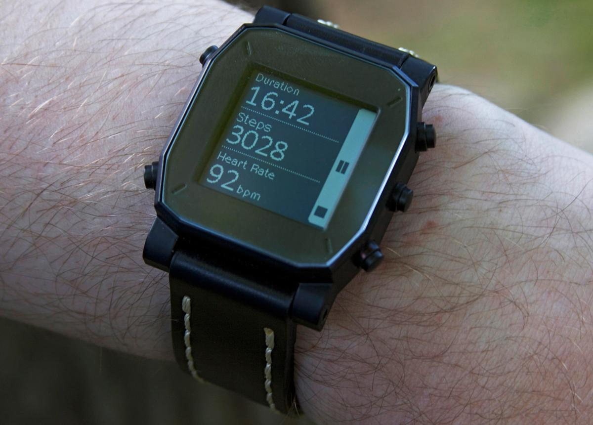 "The Agent smartwatch features a 1.28 inch, 128 x 128 pixel resolution ""memory LCD"" display"