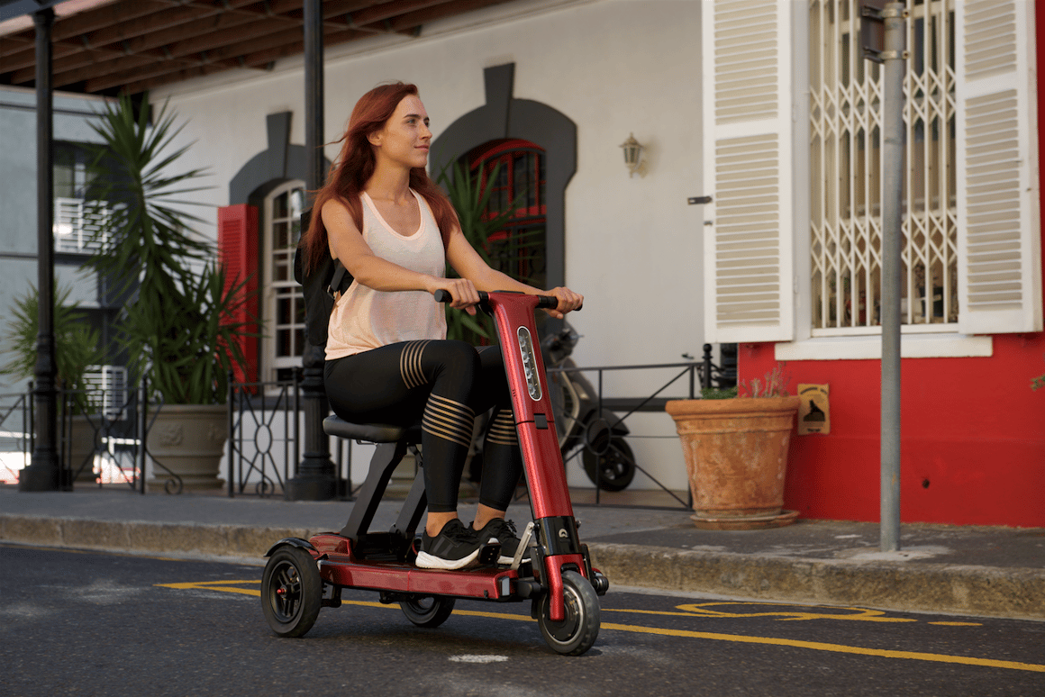 The Relync R1 scooter has a front-mounted motor and foot braking system