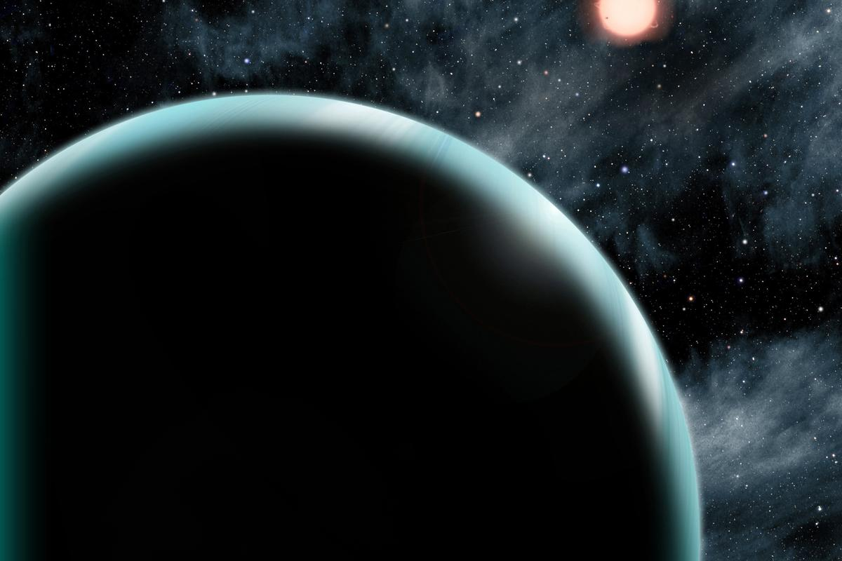 Artists impression of the Uranus-sized exoplanet Kepler-421b (Image: Daid A. Aguilar)